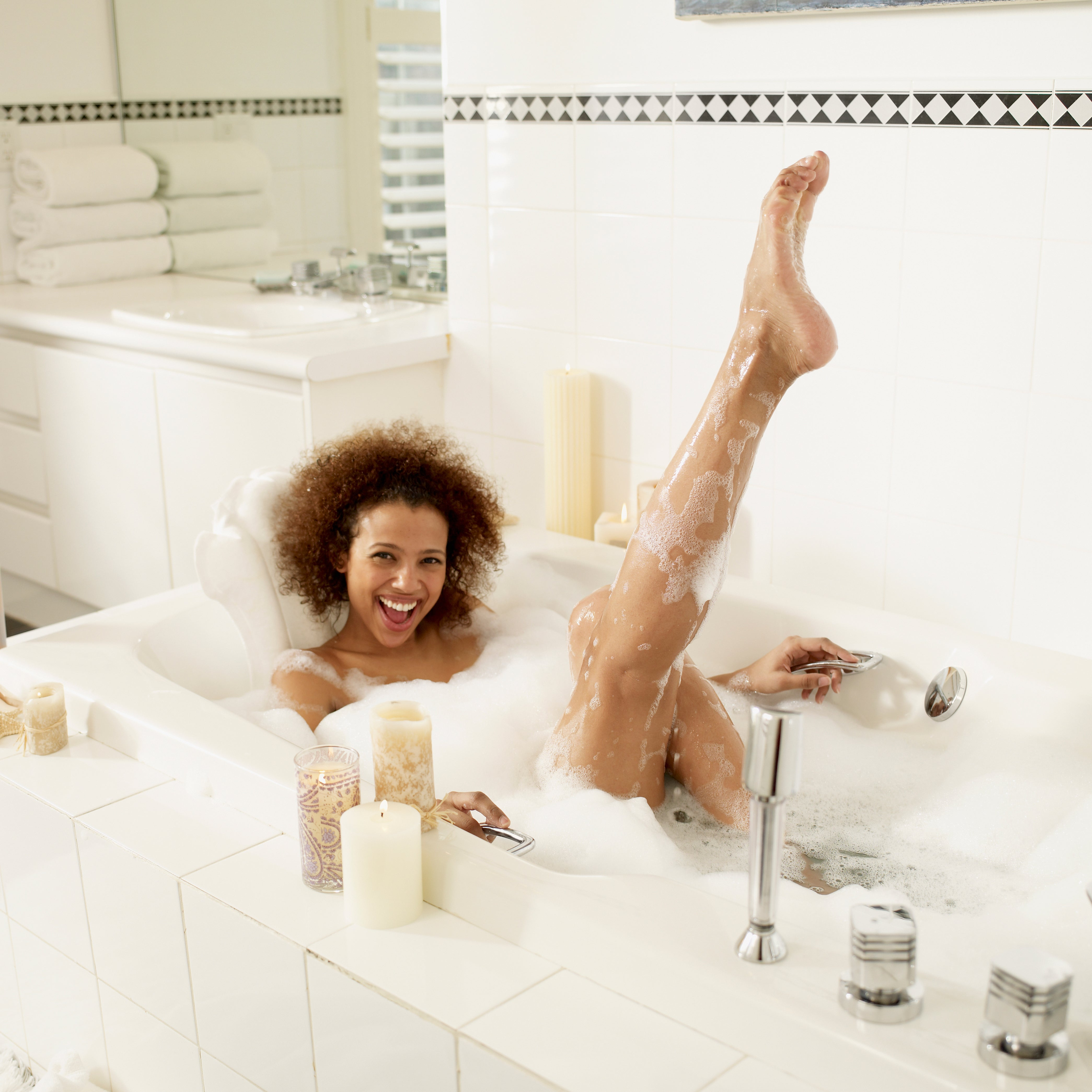 The Right Way to Bathe—Yes, You\'ve Been Doing It All Wrong - Essence