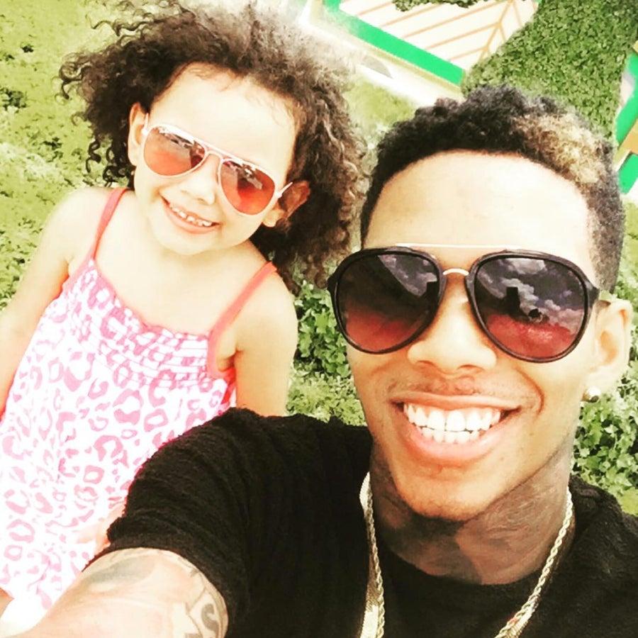 Dad Styles Daughter's Hair, Creates Instant #BlackGirlMagic