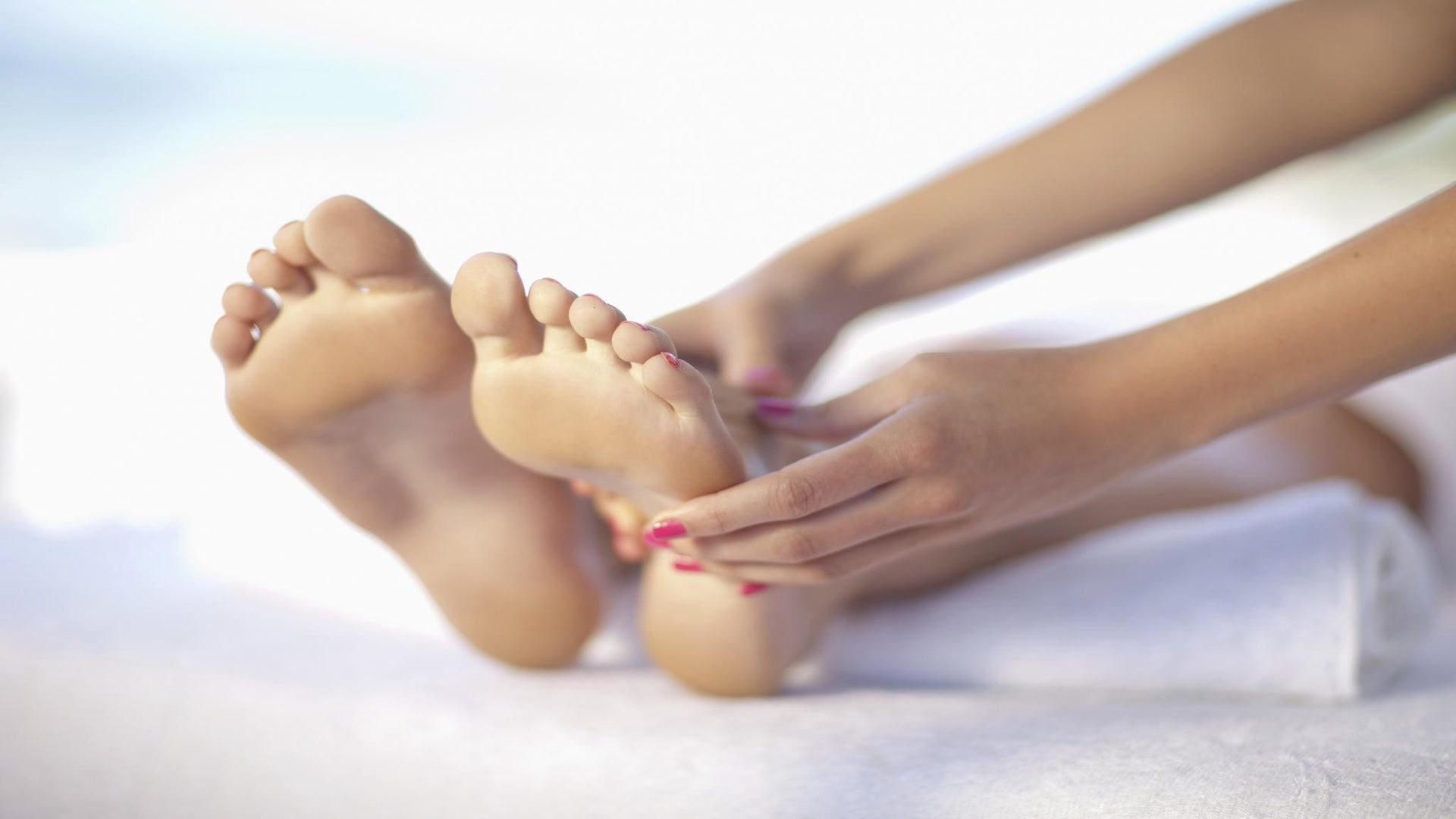 A Masseuse Gives Tips on How to Give the Perfect Massage