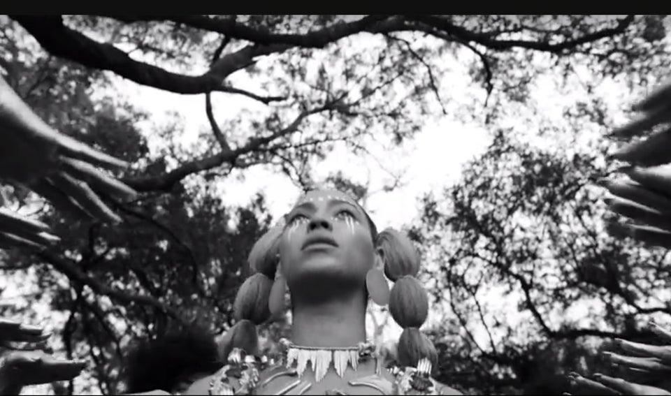 Meet Laolu Senbanjo, the Nigerian Artist Behind the Body Art in Beyoncé's 'Lemonade'