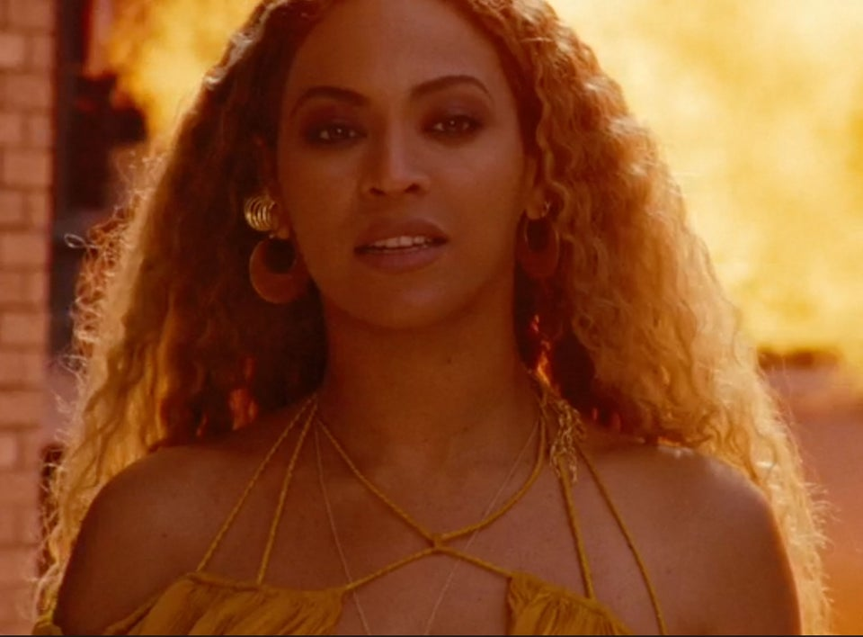 #LemonadeSyllabus: Black Women Are Sharing Reading Lists Inspired By Beyoncé's Visual Album, and It's Amazing