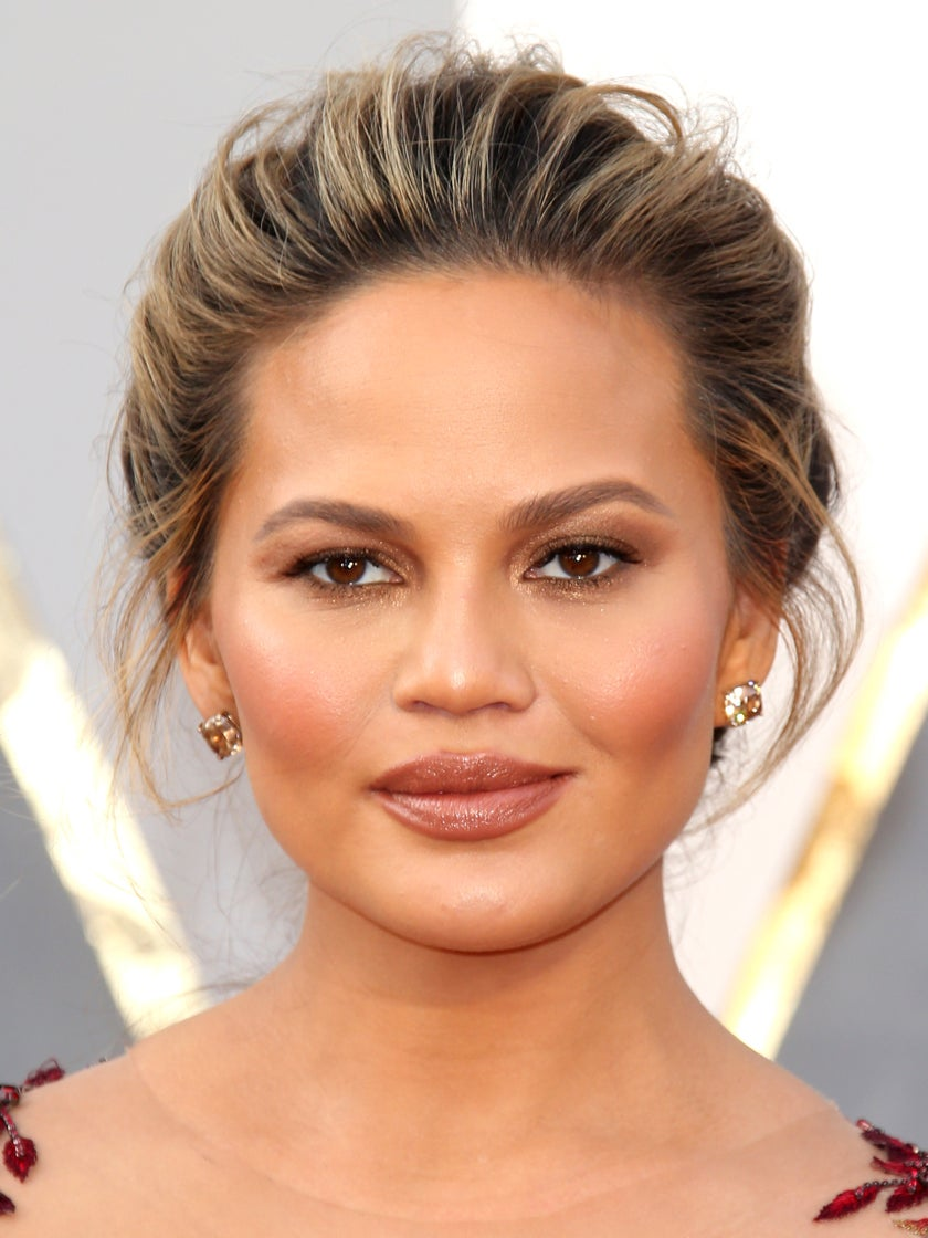 You Have To Try Chrissy Teigen's Favorite Nail Polish