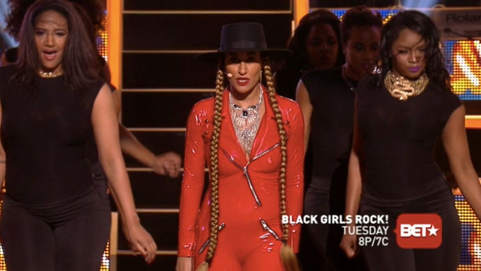 """Tracee Ellis Ross Shares Behind the Scenes Footage of """"Formation"""" Rehearsal"""