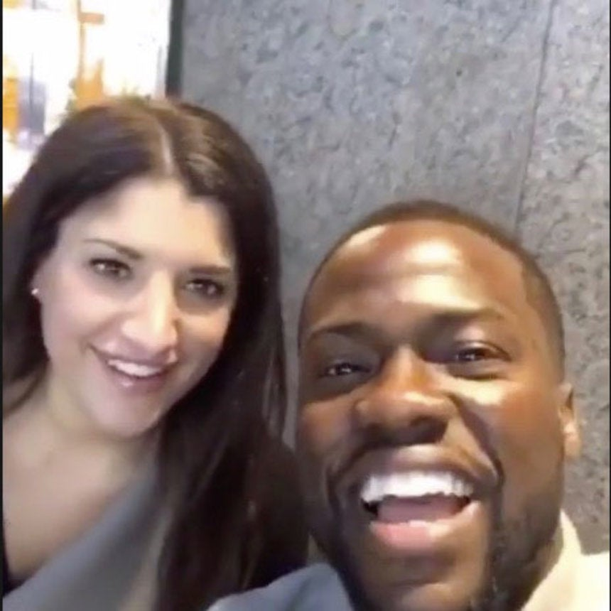 Kevin Hart Plays Along After 'Fan' Mistakes Him for Chris Rock