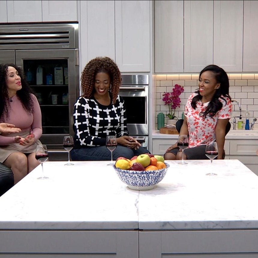 This Week on ESSENCE Live: Naomi Campbell, Yvette Nicole Brown, Plus a Conversation on Girlfriends and Frenemies