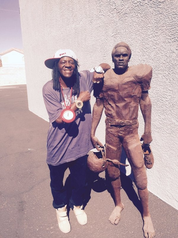 Flavor Flav Actually Owns the Real O.J. Simpson Statue