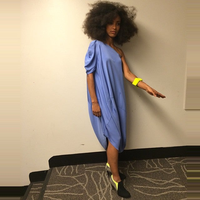 This is how Esperanza Spalding Gets her Awesome Afro