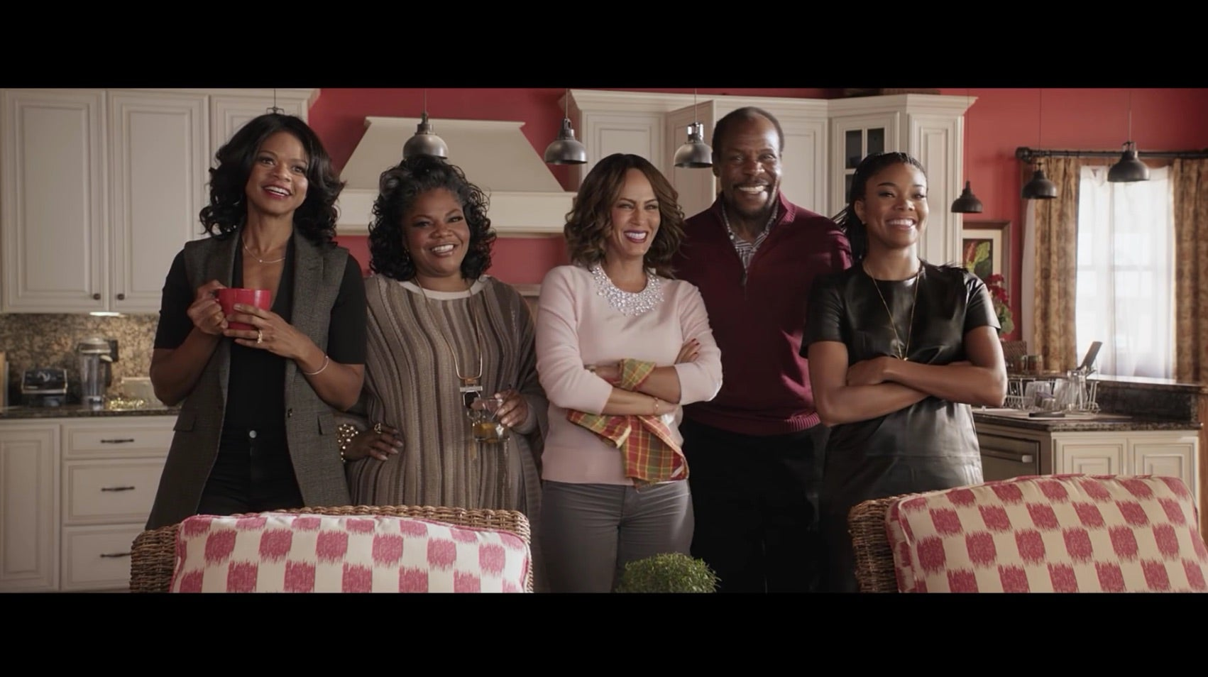 Almost Christmas Gabrielle Union.Danny Glover Gabrielle Union And Mo Nique Bring The Laughs