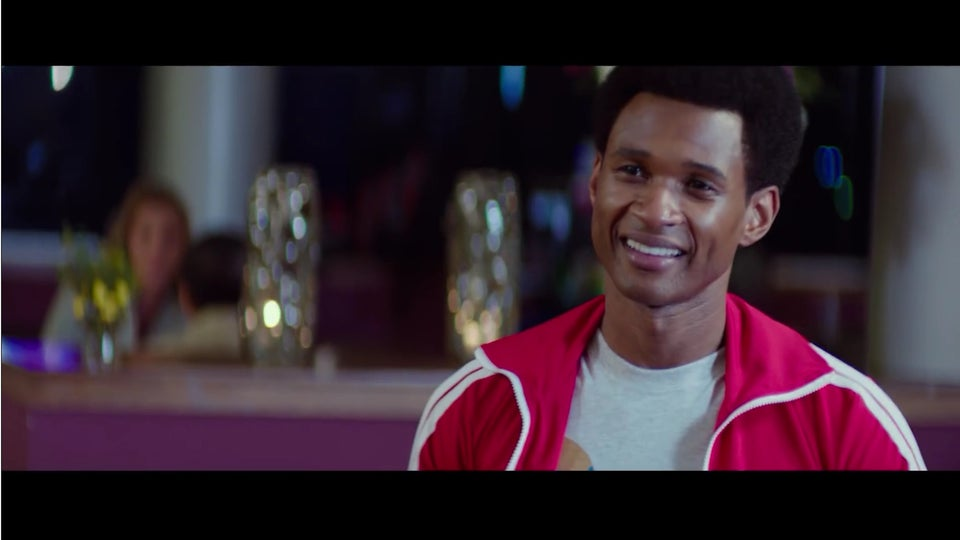 """Here's A First Look At Usher As Sugar Ray Leonard In The New Trailer For """"Hands Of Stone"""""""
