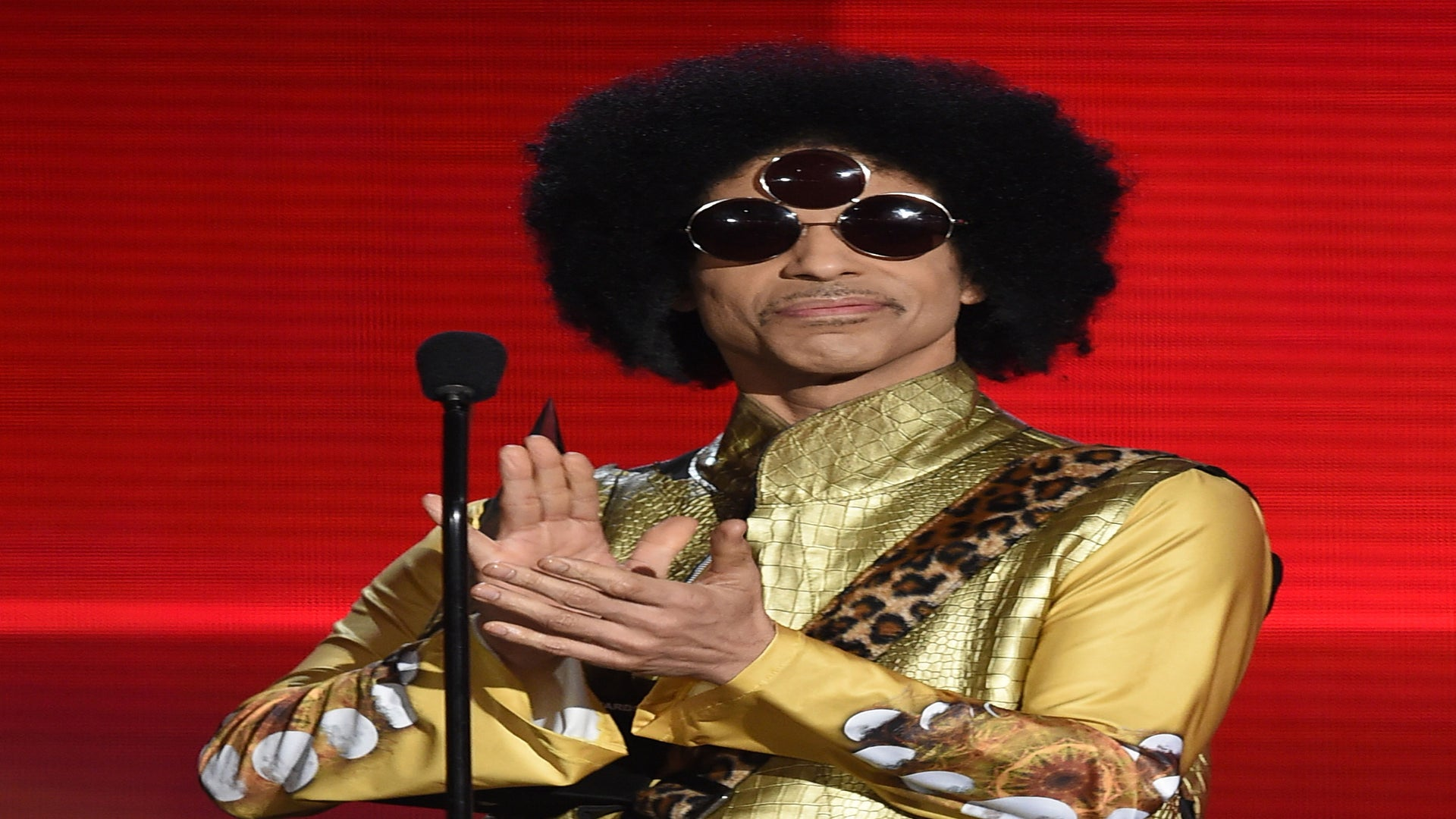Prince's Estate Inks Exclusive Publishing Deal With Universal