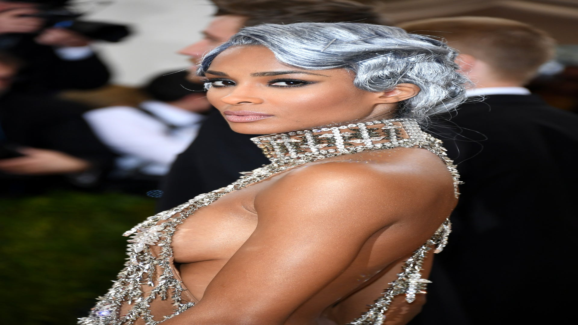 Nail Ciara's Met Gala Sultry Smoky Eye