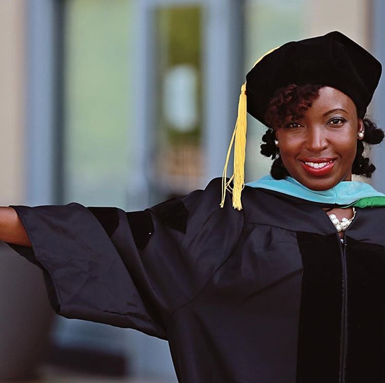 Top Ways To Slay In Your Graduation Cap With Natural Hair Essence