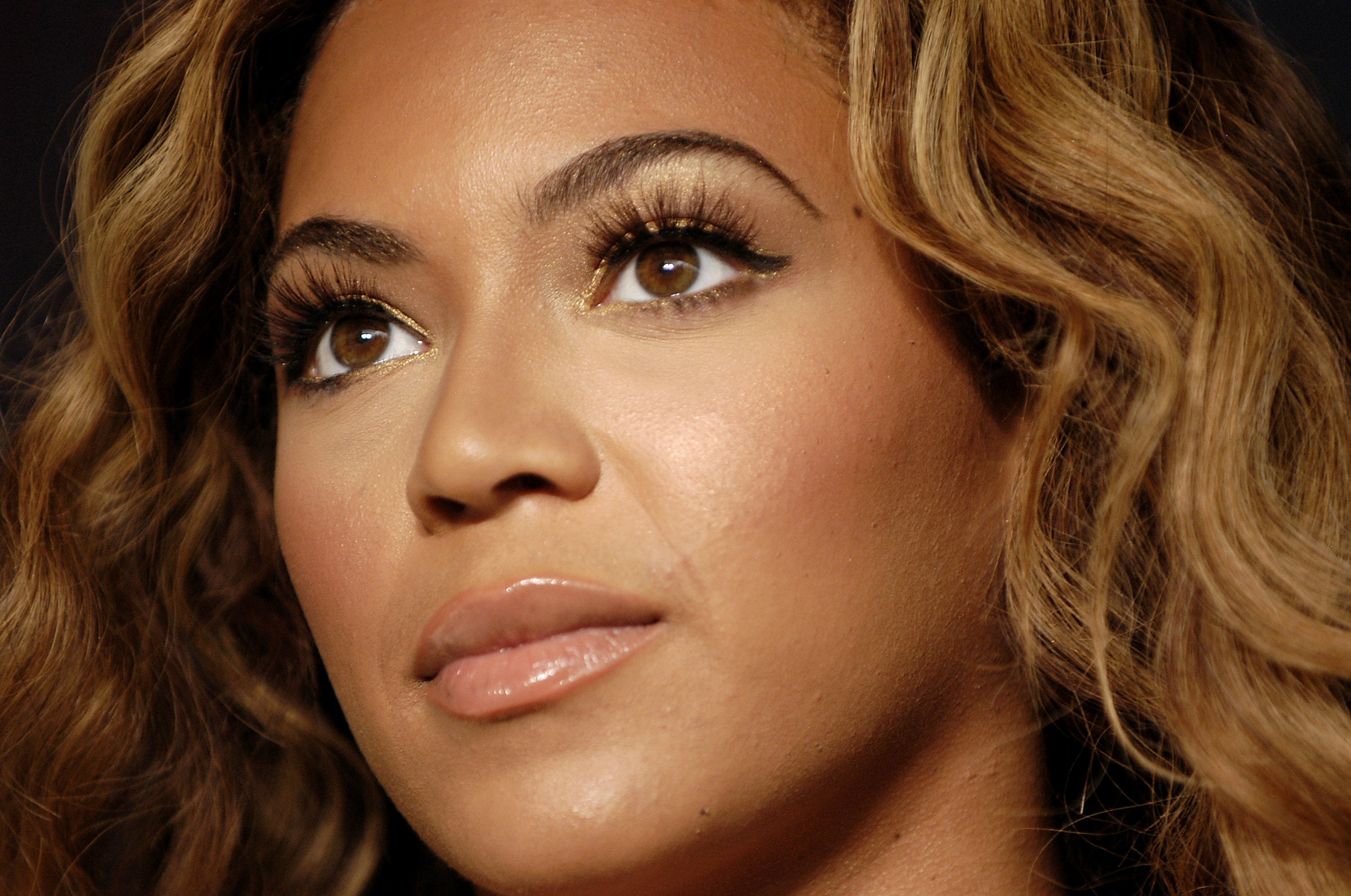 Beyoncé's Makeup Artist Reveals His Top Tips For Amazing Lashes