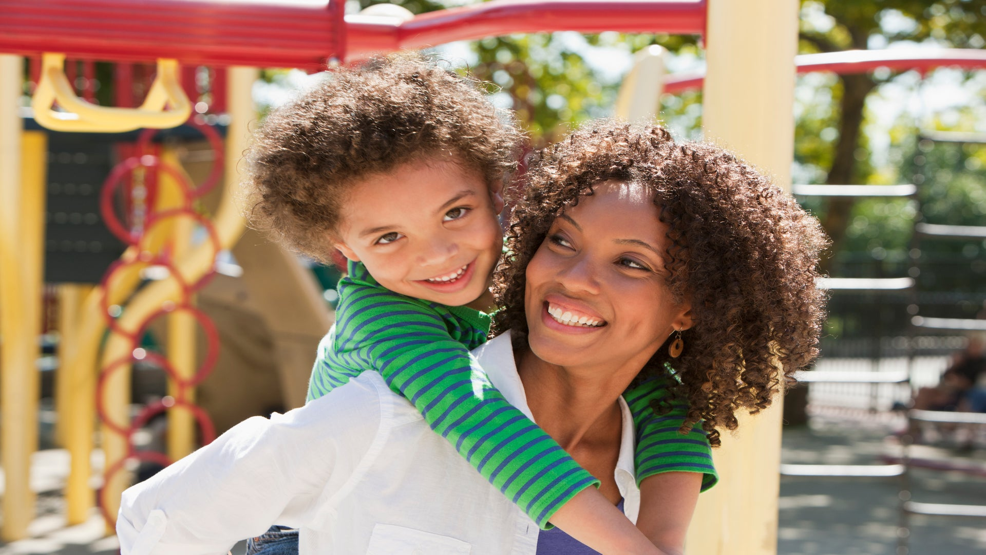 11 Types of Moms You Meet on The Playground