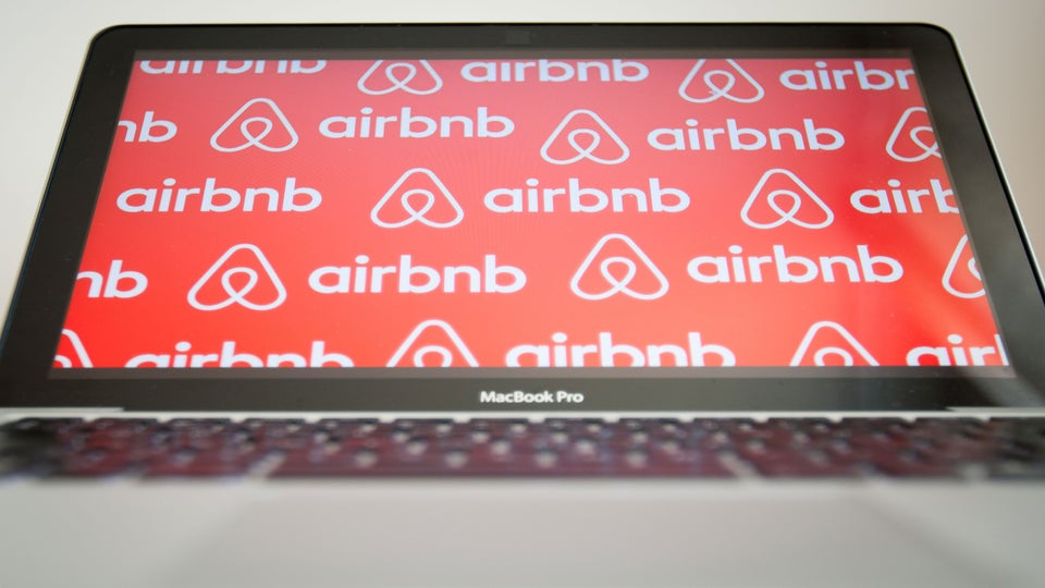 Lawsuit Filed Against Airbnb for Discrimination Towards Black Guests