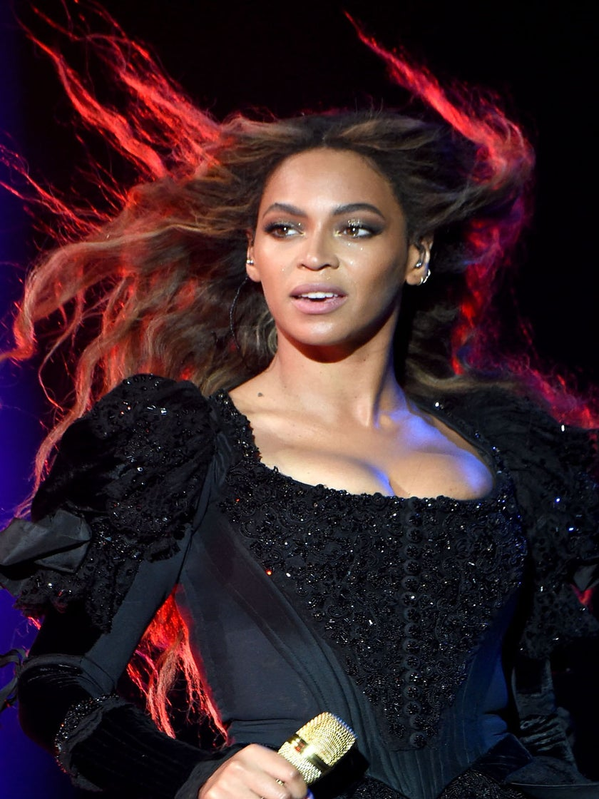 See Evelyn from the Internets' Reaction to Beyoncé Playing Her Video on Tour