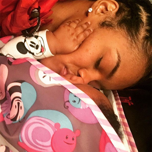 Teyana Taylor and Iman Shumpert's Baby Girl Can't Decide Which Parent To Kiss and It's Adorable