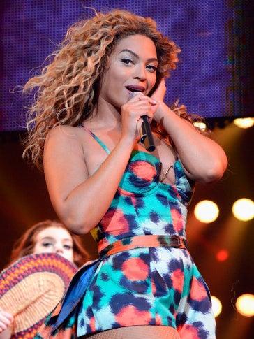 Beyoncé Sneezes And 'Lemonade' Goes Platinum