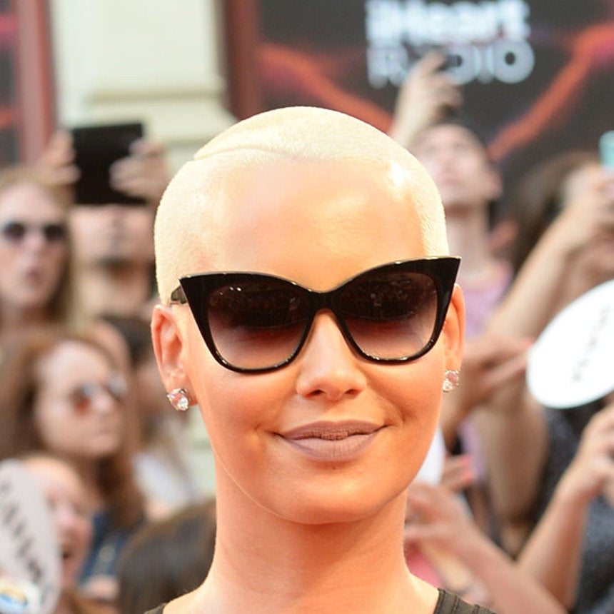 Amber Rose Masters Teaming a Matte Lip With Sunglasses at the 2016 iHeartRadio Awards