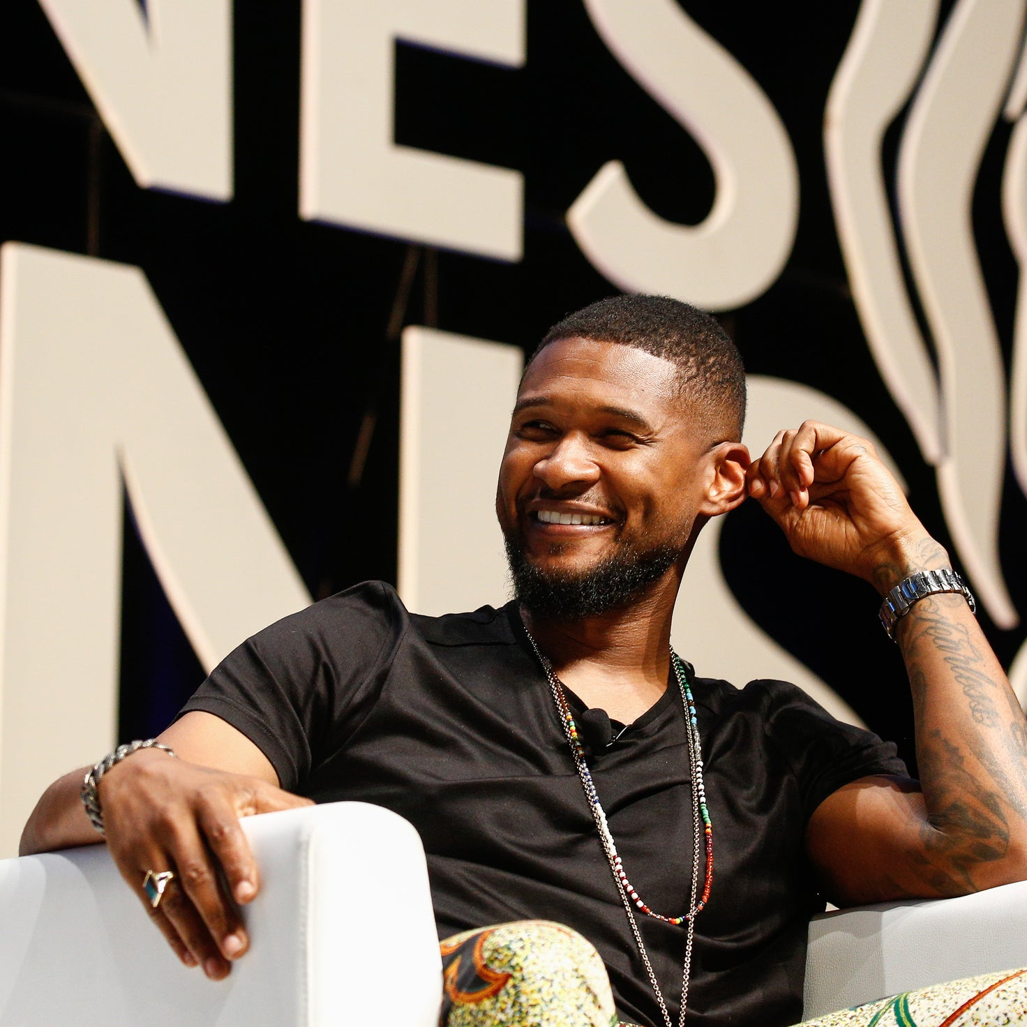 Usher is now Selling his 'Don't Trump America' Shirt From the BET Awards