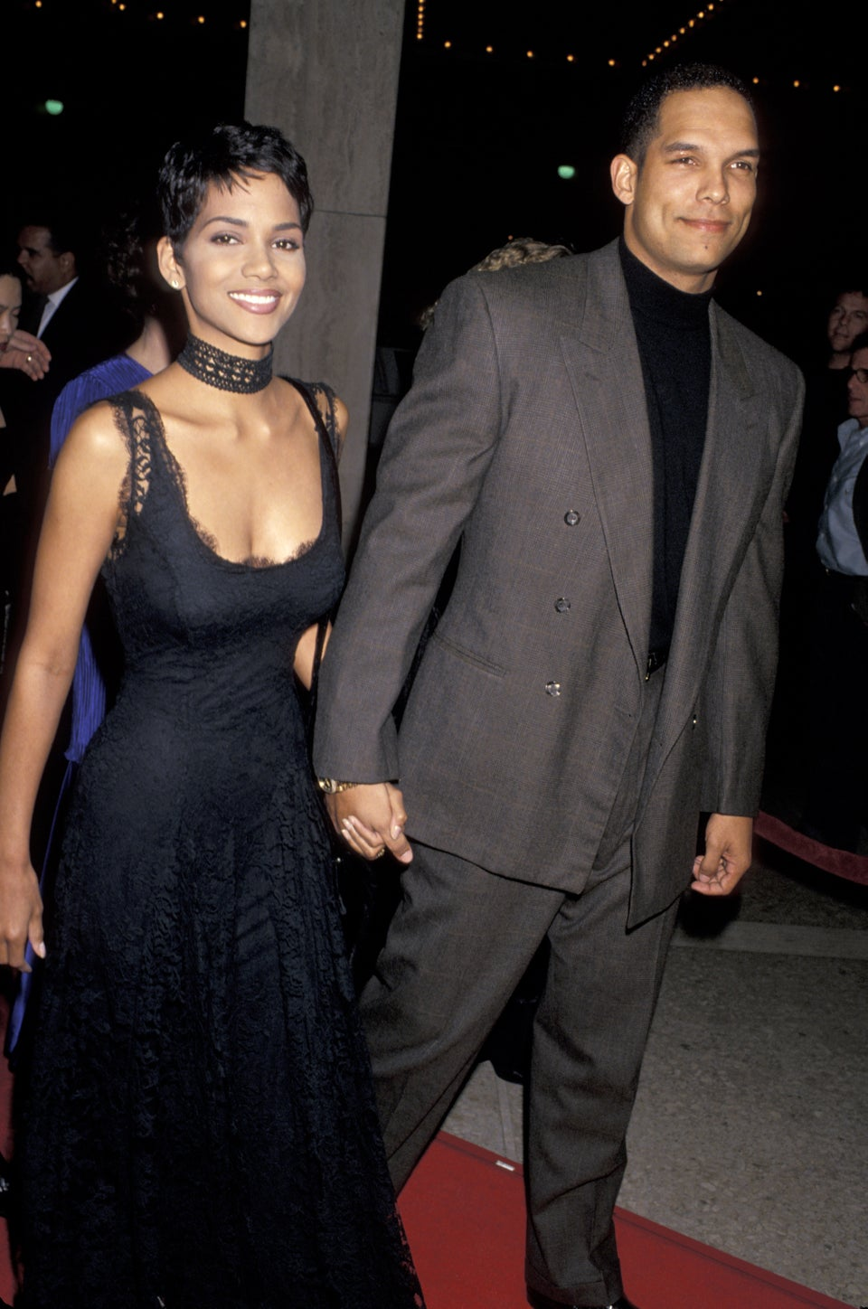 TBT: Halle Berry's Romantic Lace Look is Perfect for Our 90s Obsession