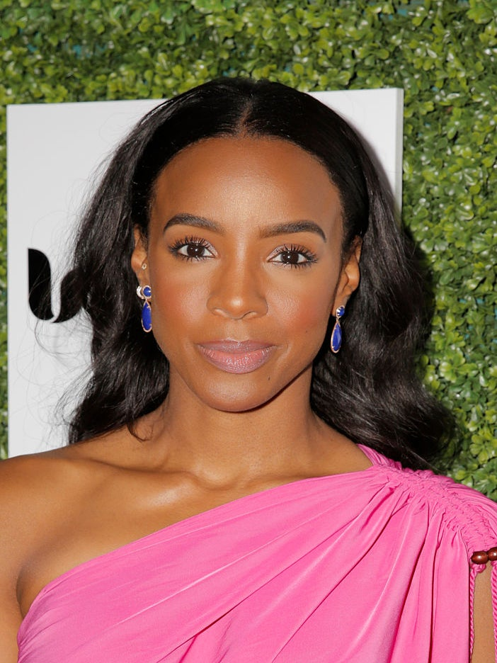 You'll Never Guess Who Kelly Rowland's Favorite Fashion Designer Is