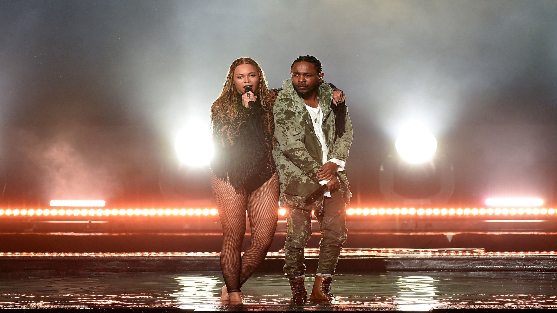 Beyoncé Just Pulled a Beyoncé and Surprised Everyone at the BET Awards – Watch Now!