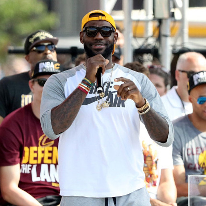 LeBron James Orders 16 Toppings on His Pizza Because He Can