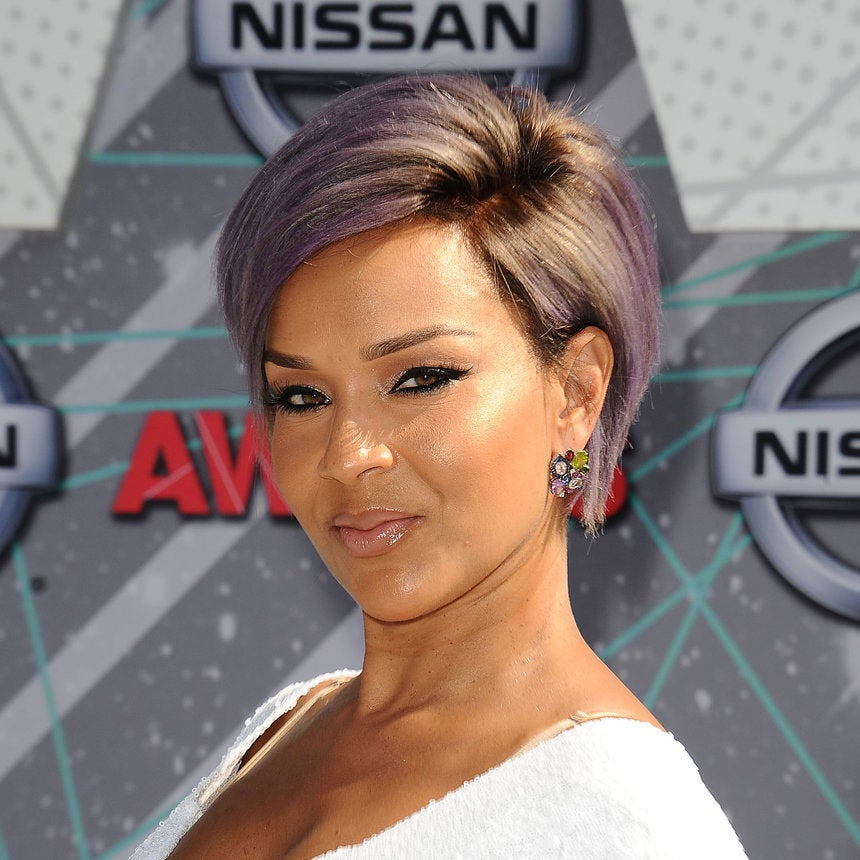 LisaRaye Rocks Short Lavender Hairstyle At the 2016 BET Awards