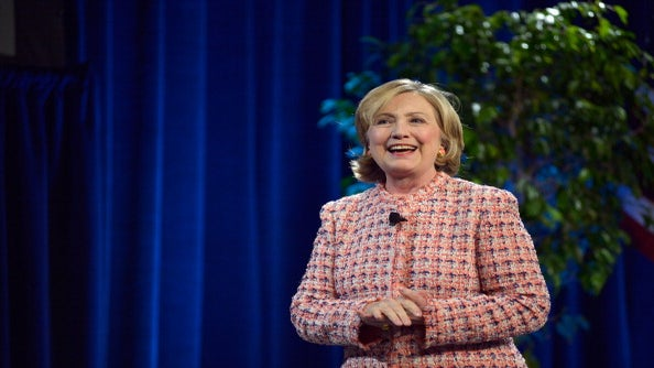 Voters Reluctantly Side With Hillary Clinton Using Hilarious Hashtag
