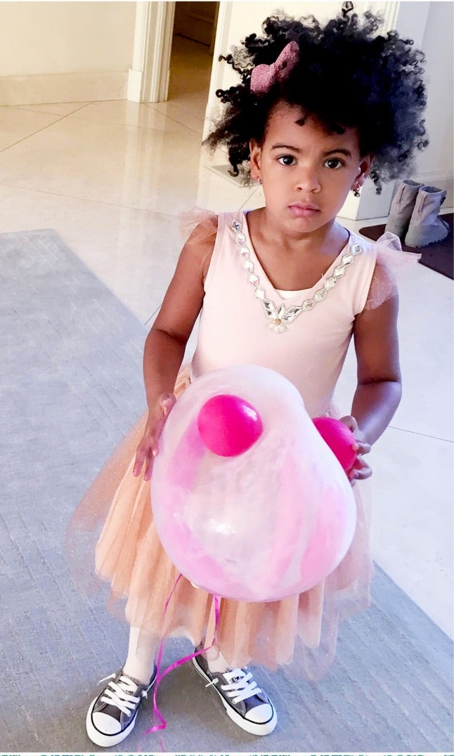Blue Ivy Was Not Here For The Paparazzi At The CFDA Awards