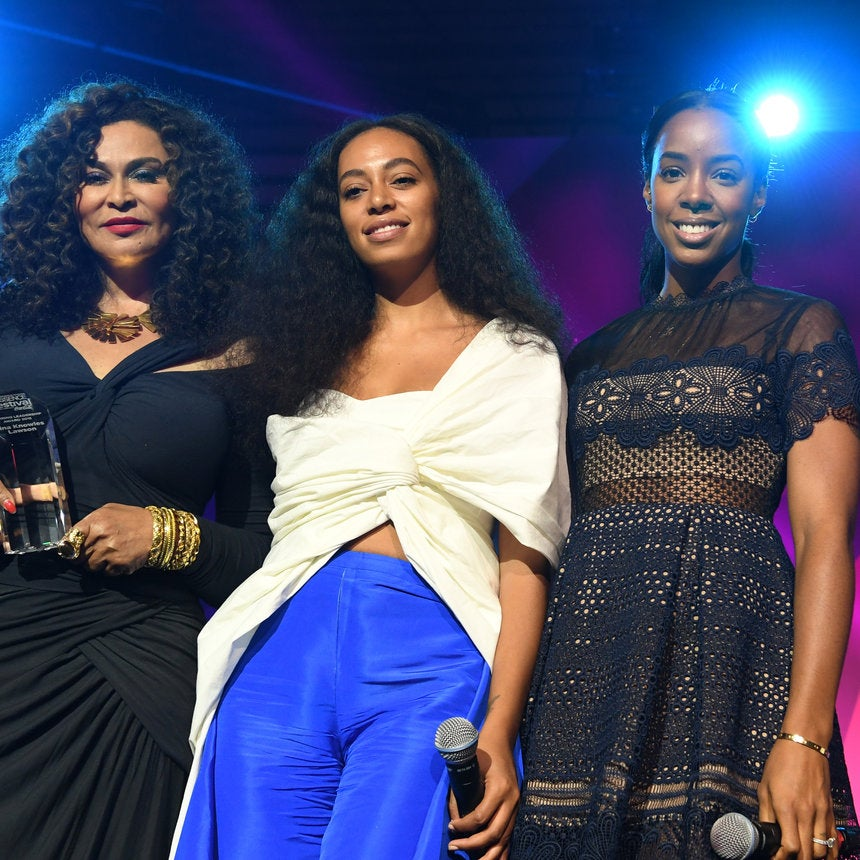 Tina Knowles Lawson Honored with the Inspiring Leadership Award At ESSENCE Festival