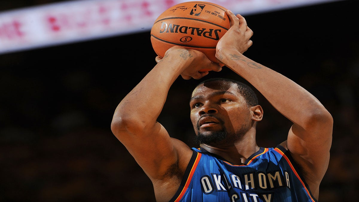 Kevin Durant Joins Steph Curry and the Golden State Warriors