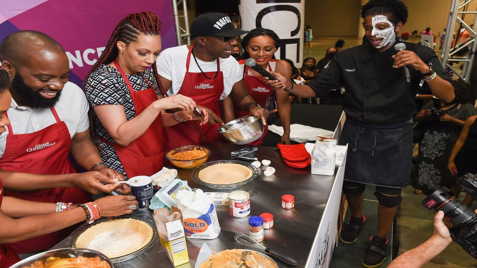 Chef Roblé Hosts Epic Celebrity Cook Off at ESSENCE Festival