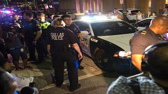 12 Officers Shot, 5 Confirmed Dead During Peaceful Protest Against Police Brutality In Dallas