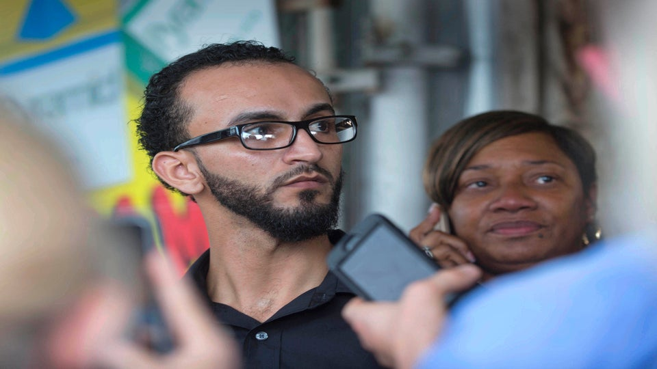 Man Who Filmed Alton Sterling's Death was Detained After Shooting