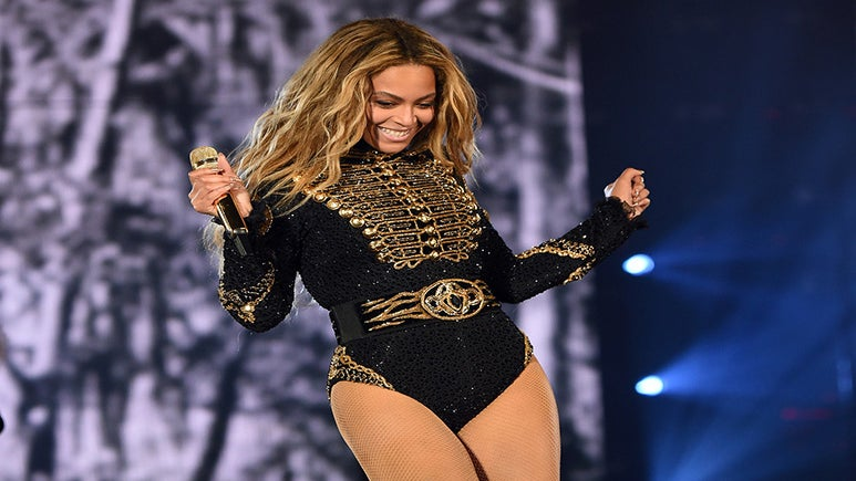 Beyoncé Switches Up Choreography in Light of Recent Gun Violence