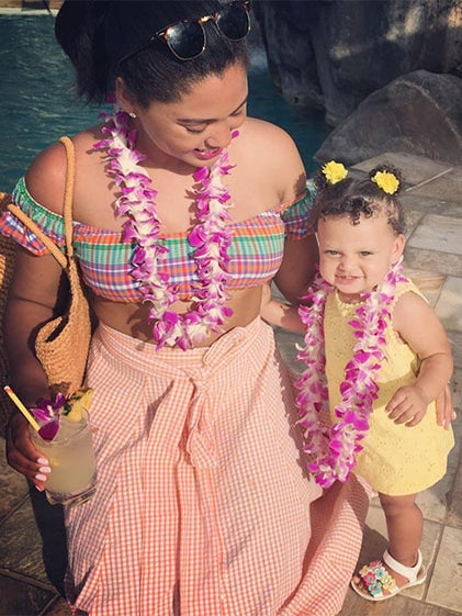 Ayesha and Steph Curry Celebrate Love, Happiness and Family On Their Hawaiian Vacation