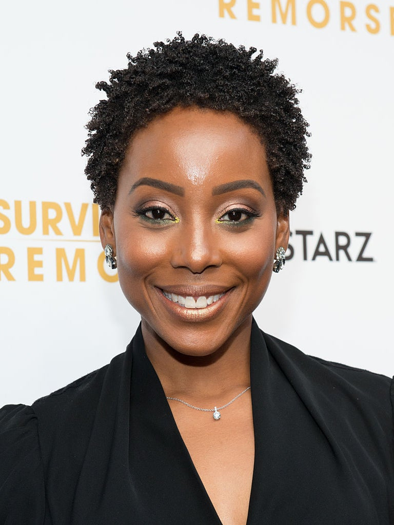 #BlackBeauty of the Day: Erica Ash Rocks the Perfect Summer Shadow
