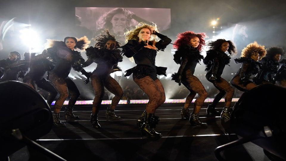 Beyoncé's Dancers Put on Impromptu Performance at a Nightclub