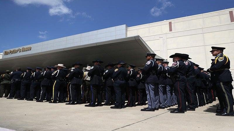 Dallas Police Job Applications Up 344 Percent Since Dallas Shooting