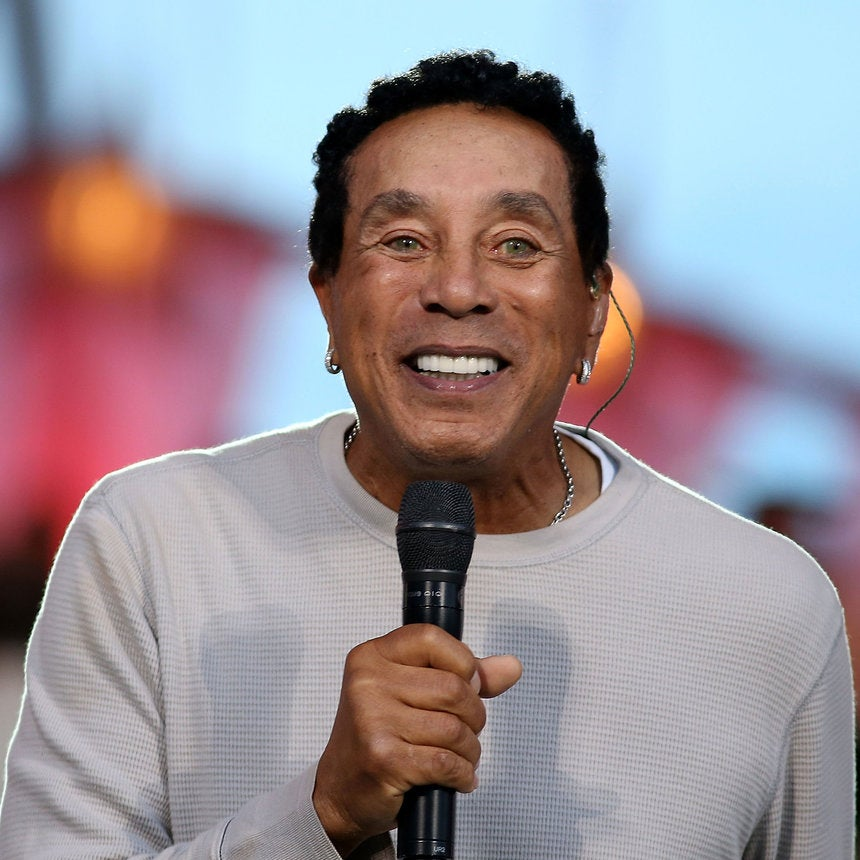 Smokey Robinson Launches Skincare LineSkinphonic, Is it the Secret to his Ageless Look?