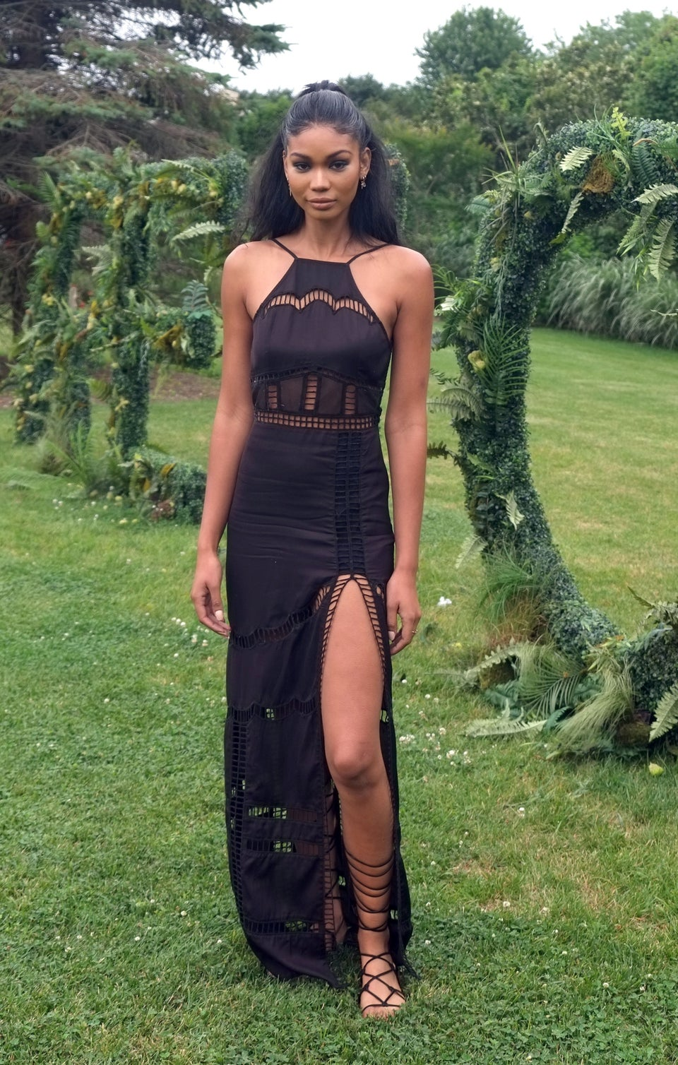 Look of the Day: Chanel Iman Stuns in Romantic Maxi Dress