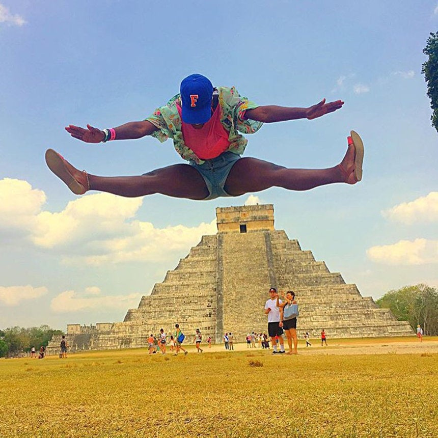 The 15 Best Black Travel Moments You Missed This Week: Toe Touches Over Mexican Temples