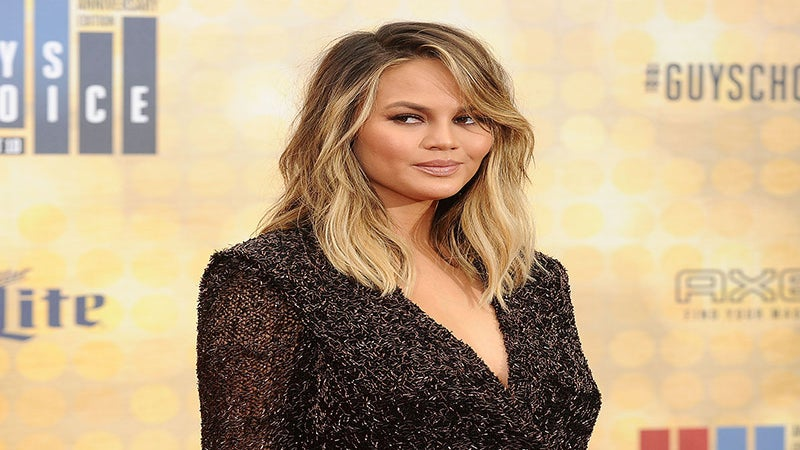 Chrissy Teigen Calls Out Miss Teen USA for Lack of Diversity