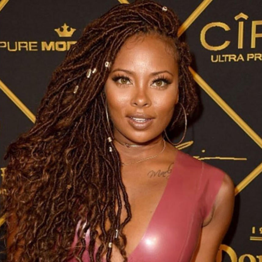 Eva Marcille Looks Stunning In Long Goddess Locs at 2016 MAXIM Hot 100 Party