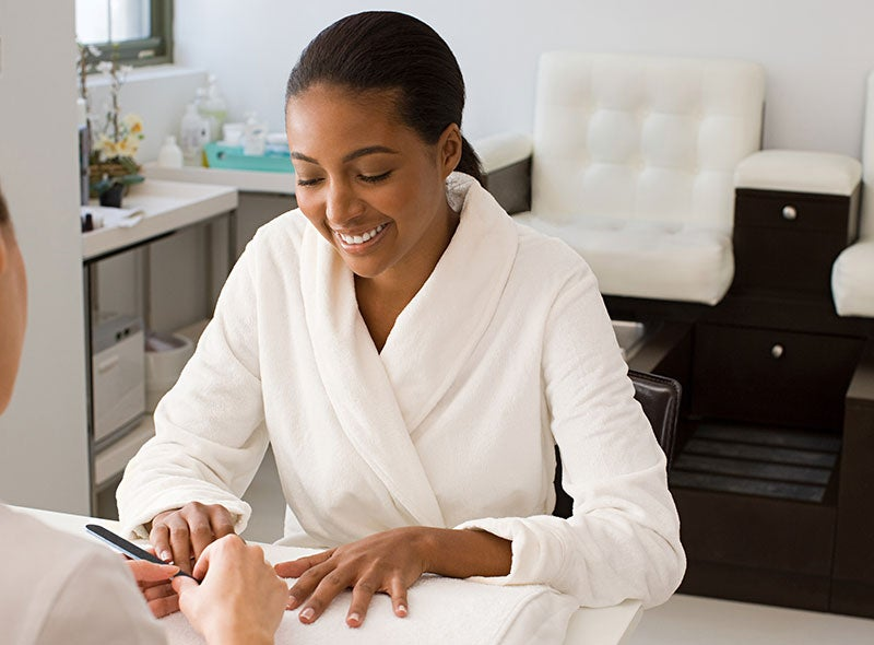 5 Ways to Rejuvenate Your Nails After Removing Your Acrylics