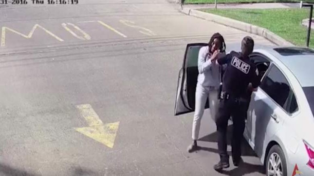 Texas Metro Police Officer Clear of Wrongdoing After Violent Arrest of Earledreka White
