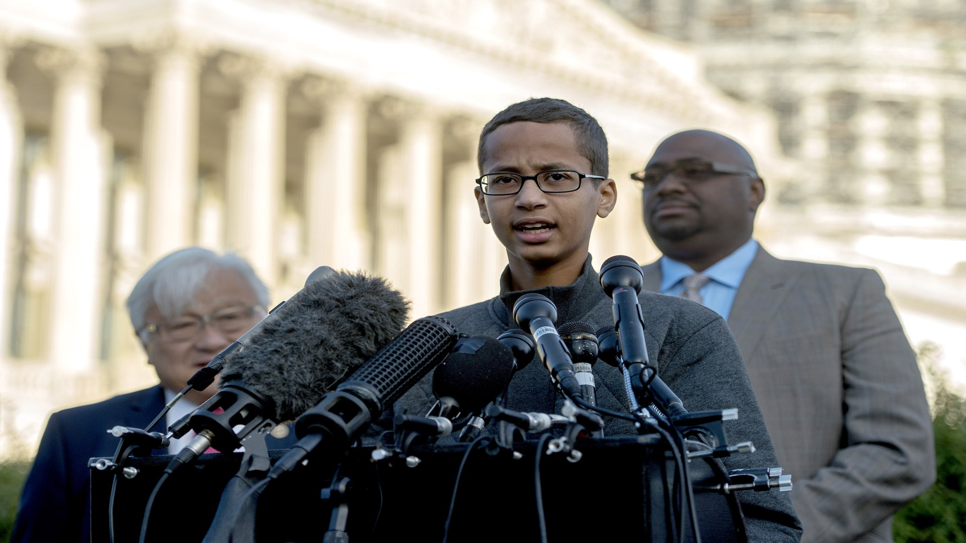 Texas Clock Teen Ahmed Mohamed Files Federal Civil Rights Lawsuit Against His Former School