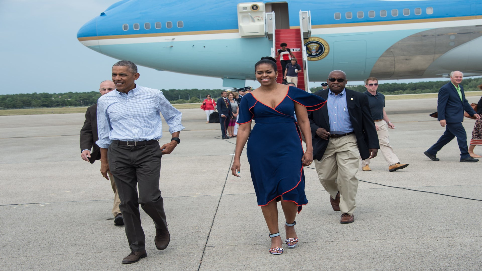 Look of the Day: Michelle Obama is Vacation Style Goals in Tory Burch and Fendi